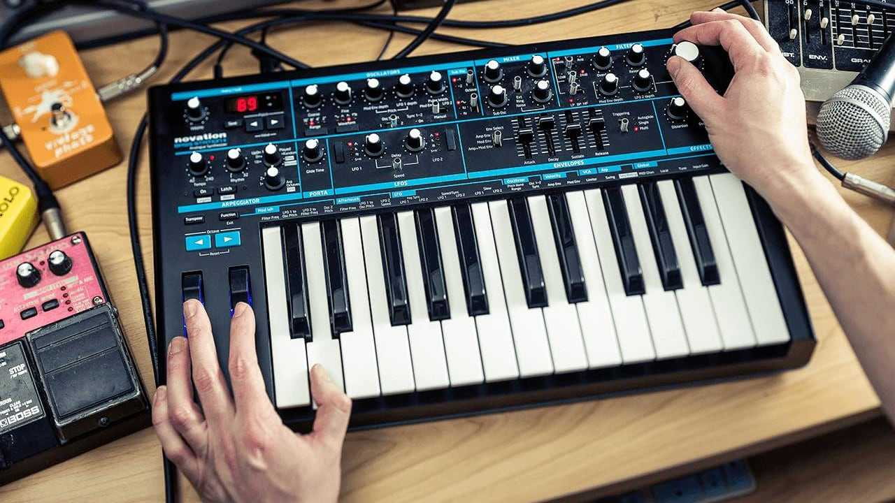 У синтезатора Novation Bass Station II теперь есть режим Aphex Twin